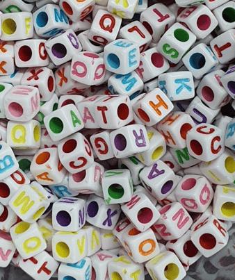 Miçangas Dadinho Alfabeto Colorido