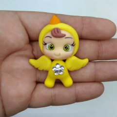 Aplique de Biscuit Menina Pijama Pintinho Amarelinho  Flor